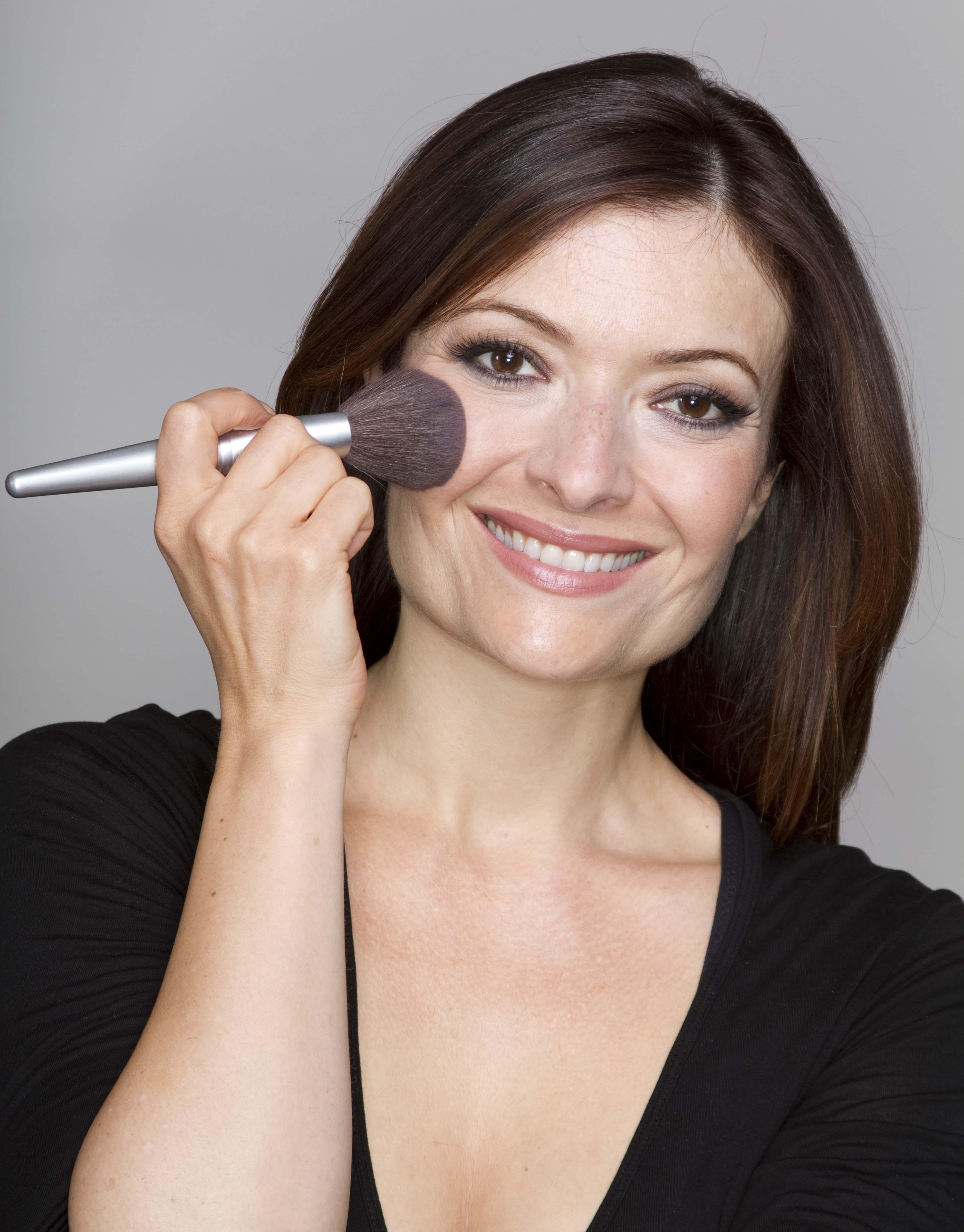 eva makeup1